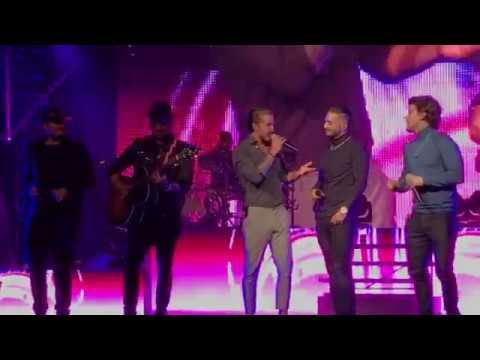 Maluma - Piso 21/ Me llamas Remix (acústico MTV)