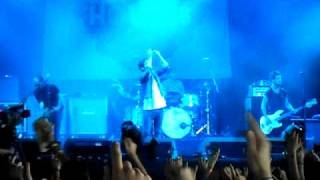Kids In Glass Houses - Youngblood (Let It Out) - Live @ Leeds Festival 2010