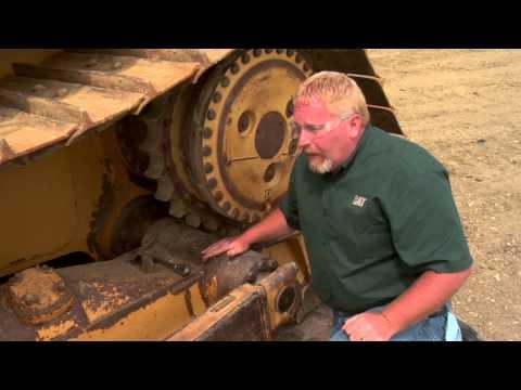 Cat® Dozer | Pivot Shaft Oil Check - YouTube