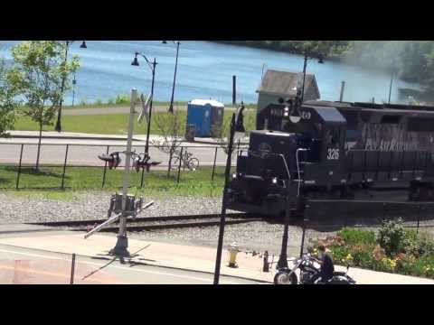 HD Pan Am OI-28 (Loaded Oil) Chase - 7/12/2013 - Part 1 - Bangor to Veazie ME