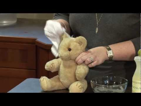 How to: wash a vintage teddy bear