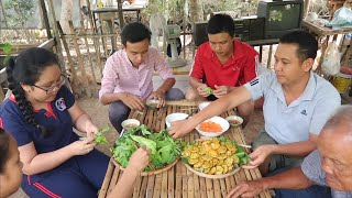Trốn vợ đi làm bánh khọt ăn chơi | 7 Thuận #242