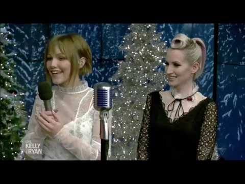 Who Sang Rockin Around The Christmas Tree.Grace Vanderwaal Sings Rockin Around The Christmas Tree With Ingrid Michaelson
