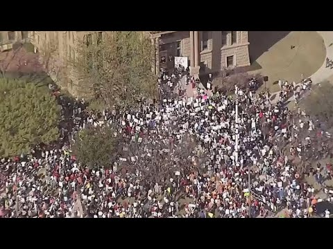 Aerial views show hundreds of demonstrators at March for our Lives rallies