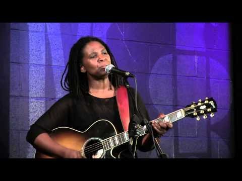 Ruthie Foster - Woke Up This Morning - Live at McCabe's