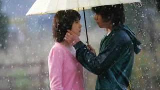Translate by Dialaurel にわかに降りだした オフィスの帰り道 niwaka ni furidashita OFISU no kaerimichi Suddenly, it began to rain, on the way back home from the ...