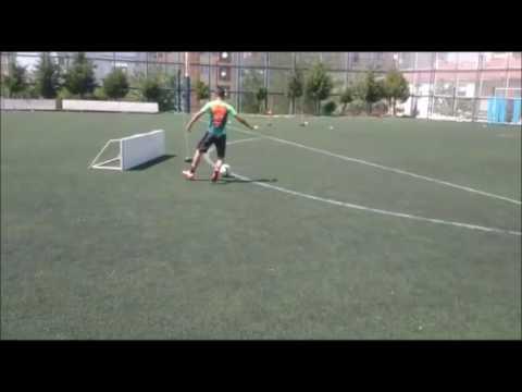 Ege Beden Eğitimi Spor Yüksek Okulu (BESYO) Futbol Parkuru