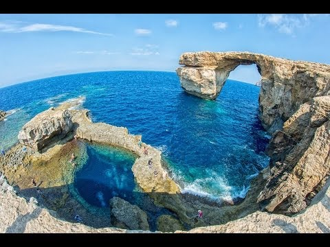 how to get to gozo from malta