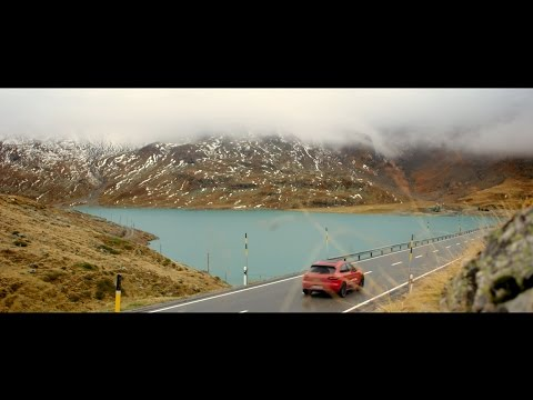 The most beautiful routes driven by Porsche – Road #1: Impressions of the Bernina Pass
