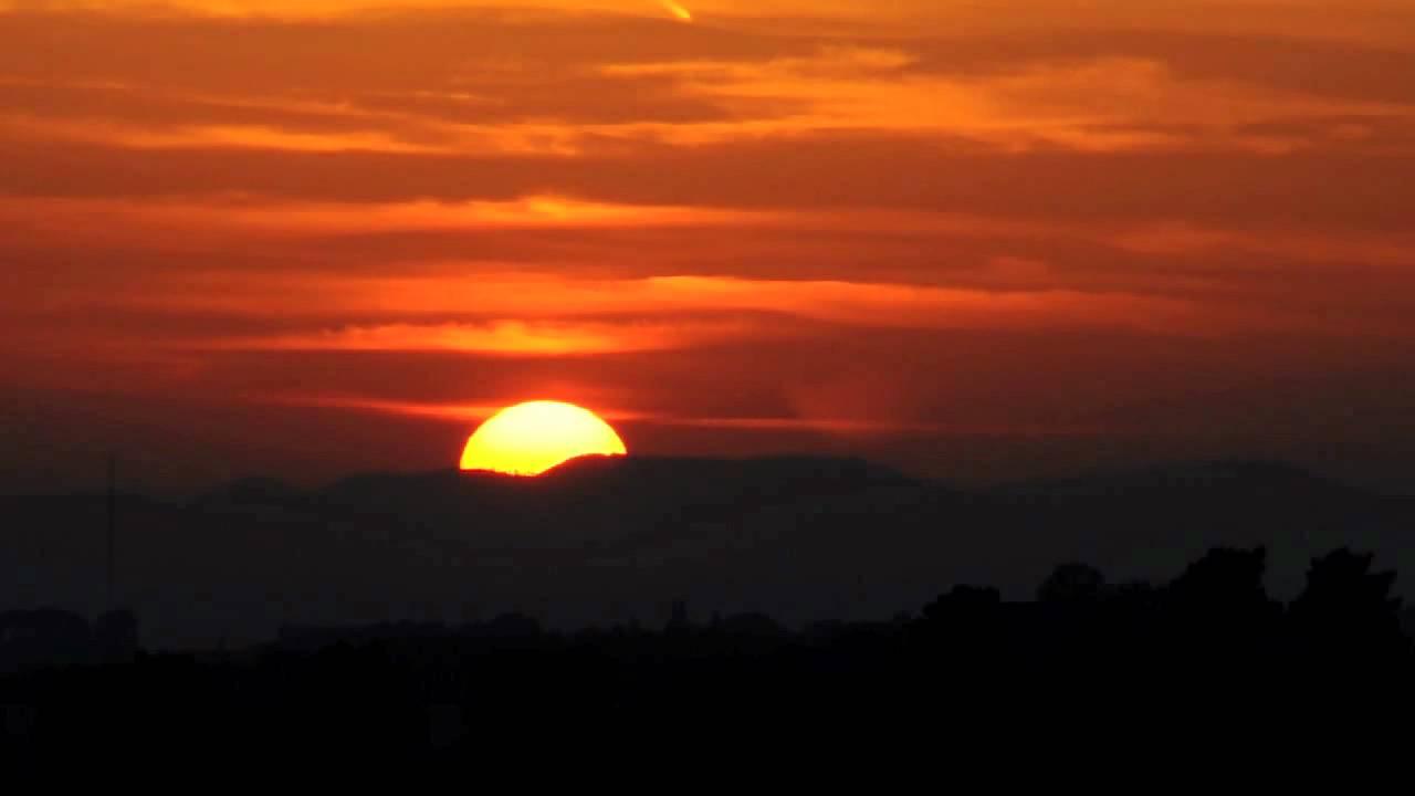 Risultati immagini per sole che tramonta