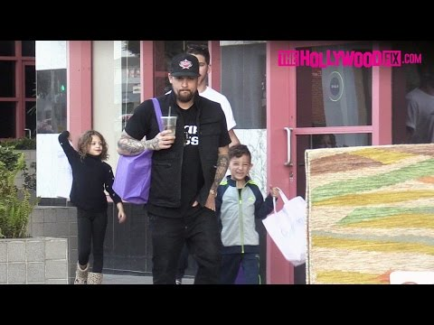 Joel Madden Takes His Kids Harlow & Sparrow Shopping At Crystalarium Ahead Of Mother's Day 5.7.16