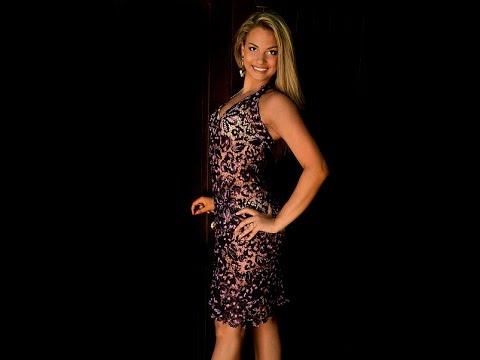 Платье TerraNova серое с черным поясом