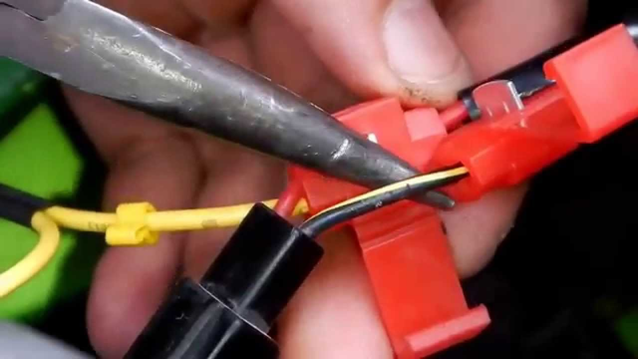 Redlineplusin Video Guide Using The Quick Splice Wire Connector Scotch Lock Wiring Youtube
