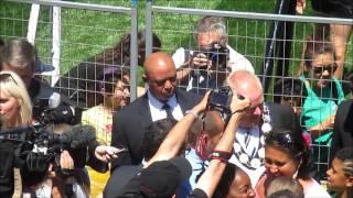 Toronto Mayor Rob Ford mingles with the 2015 Pan American Games crowd (1)