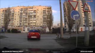видео Штраф за поворот налево при знаке только прямо