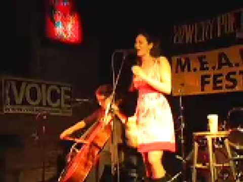 Celia Rose live