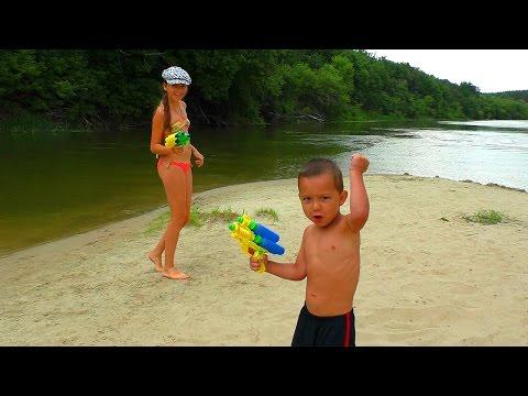 Пистолеты - Водяные Бластеры - Игрушечное водное оружие для детей Обзор Играем на Речке