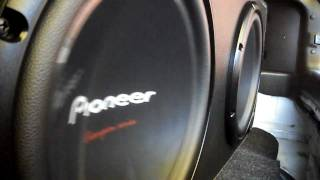 2 Pioneer 309 + Power One - Bass I Love You