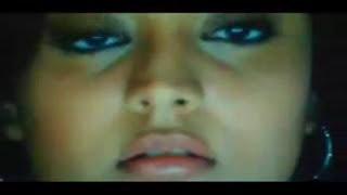Actress Hot kiss and Navel Show In Saree