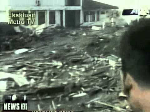 Tsunami Banda Aceh 2004 Youtube