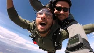 Gambar cover Ahmet Saygin's Tandem skydive!
