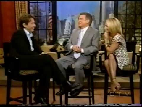 MARTIN SHORT CRACKS UP REGIS & KELLY