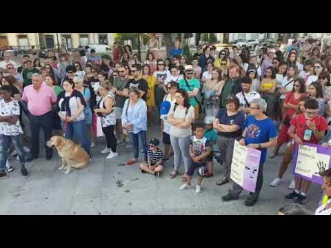 "Vilalba clama contra o feminicidio: ""O sistema volveu fallar"""