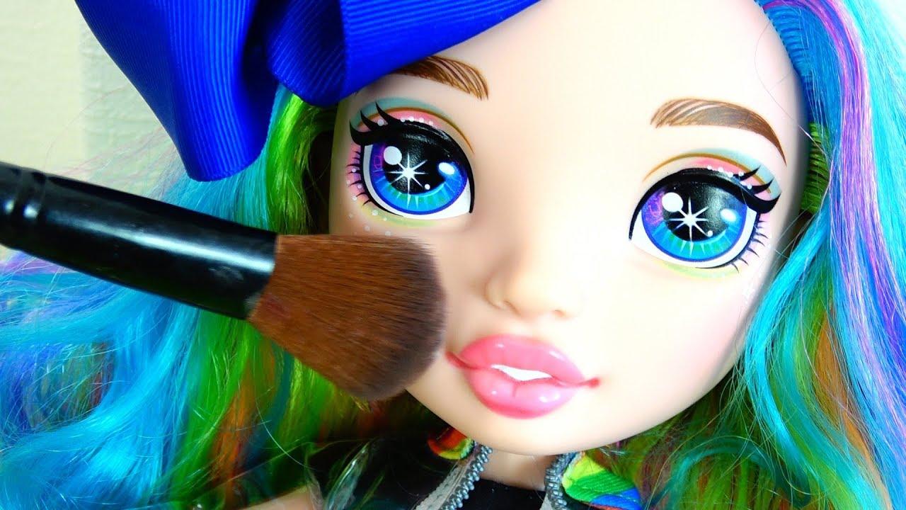 Полина и ее новые подружки куклы