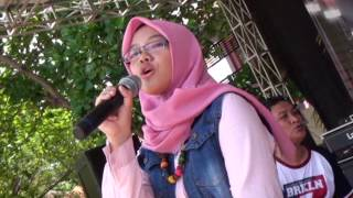 Video Yura - Berawal Dari Tatap (Cover By Dona ) download MP3, 3GP, MP4, WEBM, AVI, FLV Oktober 2017
