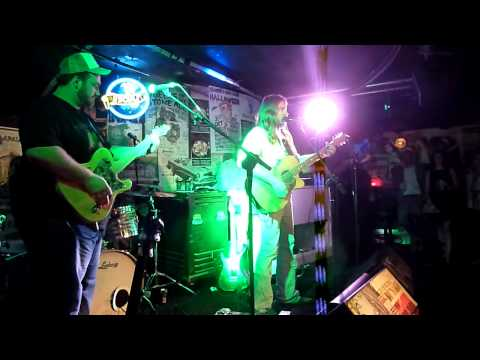 Give Her The World - Adam Eckersley Band - Frankies Pizza, Sydney 6-3-14