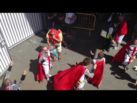 Ashes 2013 Barmy Army Hulk Hogan, St George and Richie Benaud!