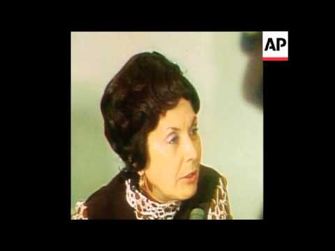 SYND 27/02/74 MADAME ALLENDE PRESS CONFERENCE ON ATROCITIES IN CHILE