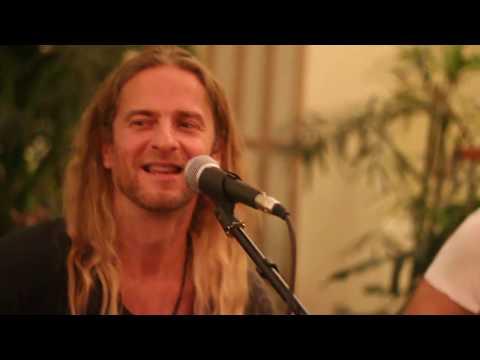 KIRTAN BAND Koncert SAT CHIT ANANDA - 2017 10 22- Magnet Ház