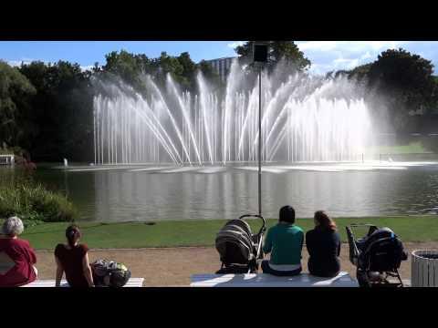 Planten un Blomen Park Wasserspiele (Fountain Show) Hamburg