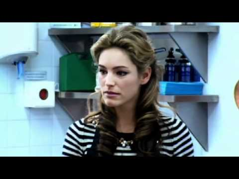 Kelly Brook Recipe Challenge - Gordon Ramsay