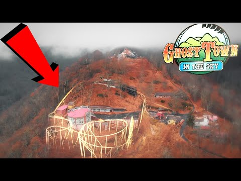 Exploring Abandoned Theme Park (UNTOUCHED) - Ghost Town In The Sky