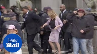 Stormy Daniels Arrives at Courthouse for Trump lawyer hearing - Daily Mail