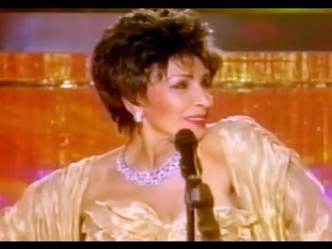 GOLDFINGER (1998) - Shirley Bassey (1998 Viva Diva TV Special)