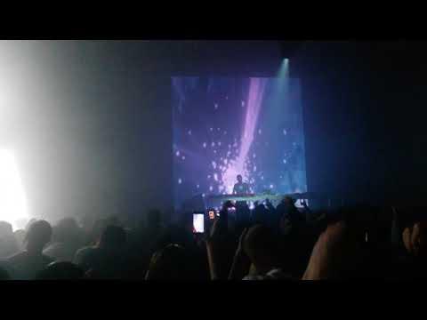 Worakls - Question Réponse live ( tbilisi 2017 )