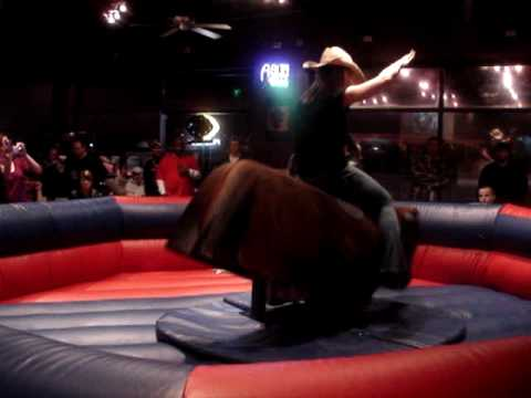 Bars With Mechanical Bulls In Chicago