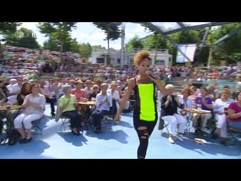 oceana pussycat on a leash zdf fernsehgarten 30082009 www0daymusicorg