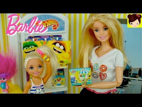 Barbie Y Chelsea Compran Play Doh En La Tienda De Juguetes Como