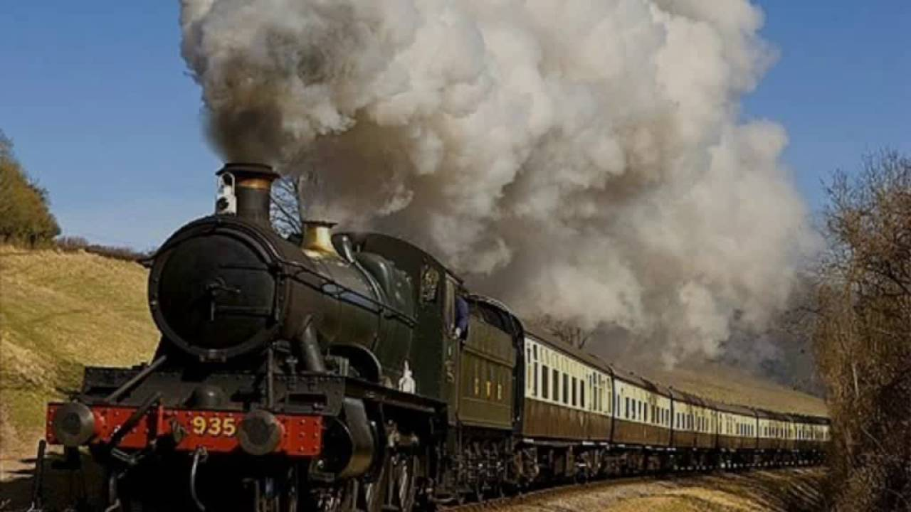 TRAIN Sound Effects - Steam Train Start and Whistle - YouTube