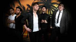 kids in glass houses youngblood ( let it out) with lyrics