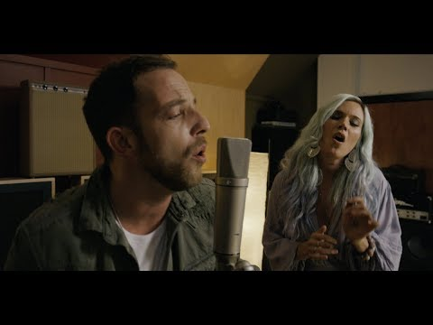 James Morrison – My Love Goes On ft. Joss Stone