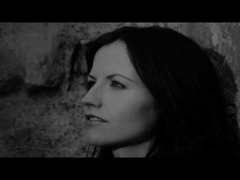 A Tribute To Dolores O'Riordan - Zombie by The Cranberries