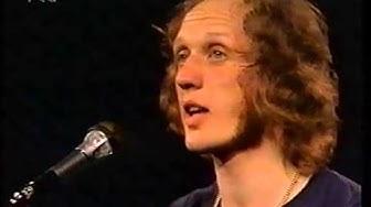 """Herman van Veen singt """"Kleiner Fratz"""" 1975"""