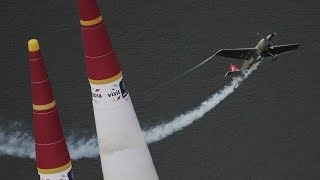 Dramatic showdown in Malaysia - Red Bull Air Race World Championships 2014