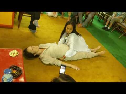 bLa Massage Demonstration at Nitsan Temple with Dr. Nida Chenagtsang