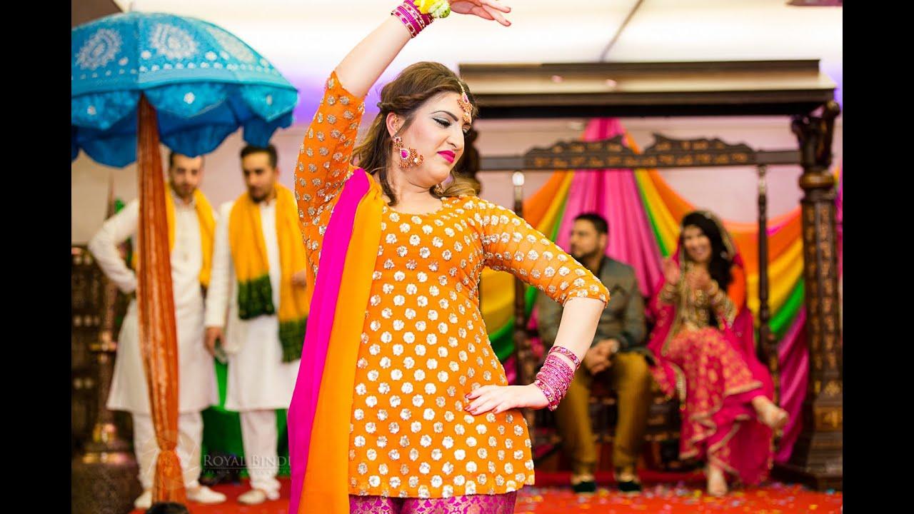 Mehndi Function Dance : Most viewed pakistani mehndi hina shakil the